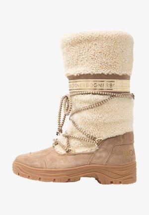 ALTA BADIA - Winter boots - nature