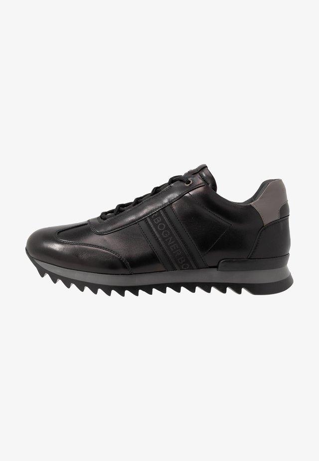 SEATTLE - Sneakers - black/grey