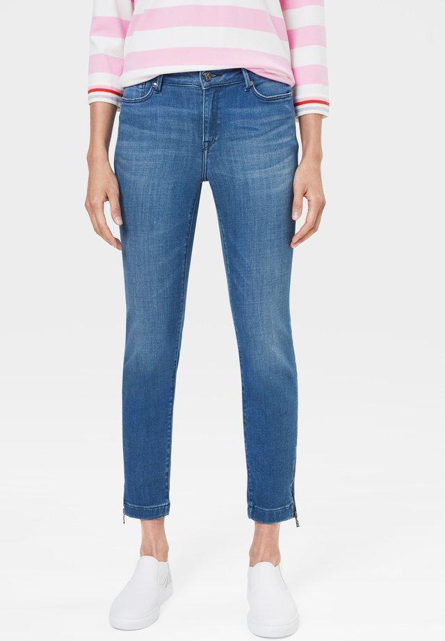 MAE - Slim fit jeans - denim blue