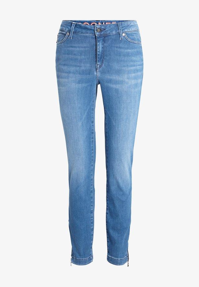 Slim fit jeans - washed denim blue