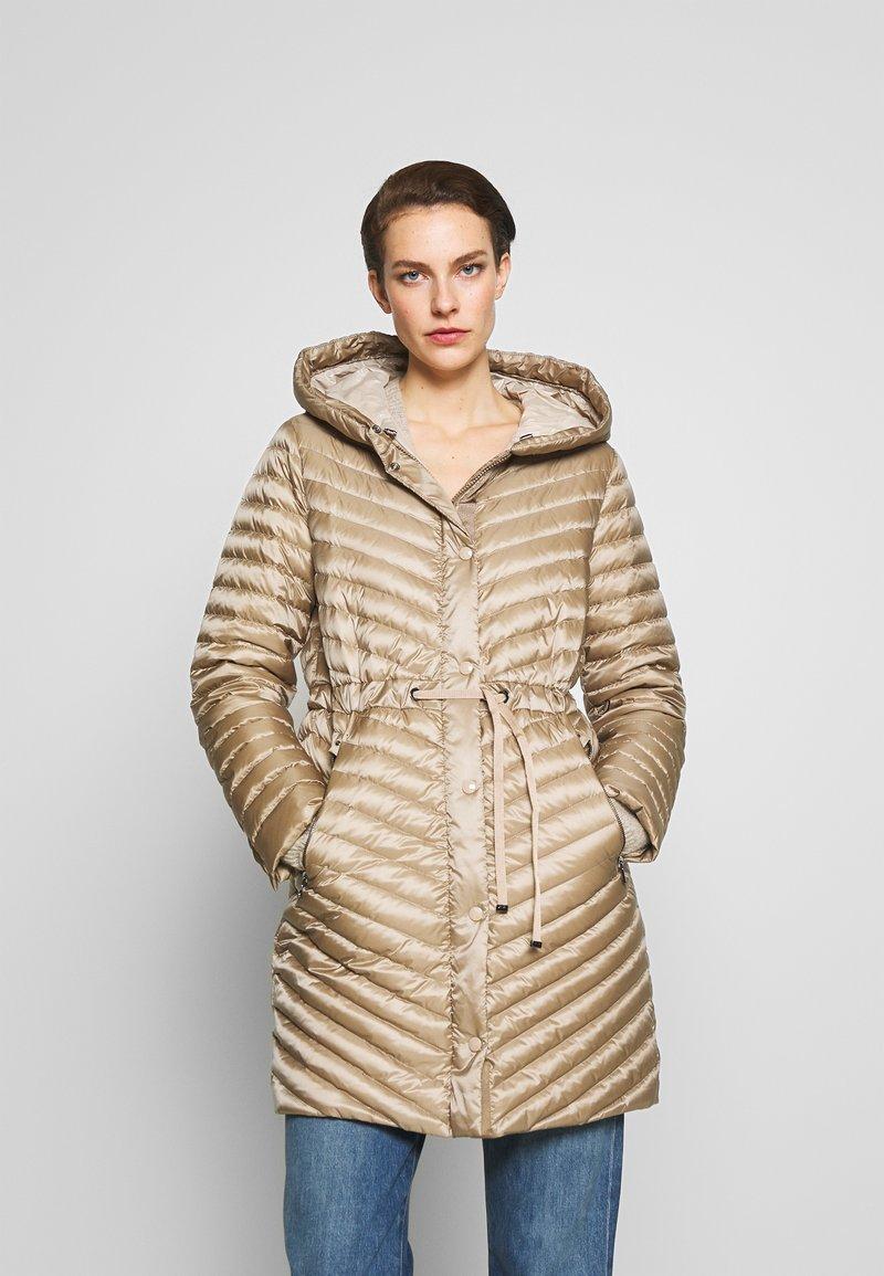 Bogner - BROOKE - Kabát zprachového peří - beige