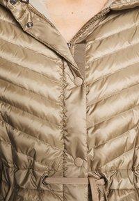 Bogner - BROOKE - Kabát zprachového peří - beige - 5