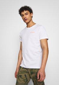 Bogner - ROC - T-shirt z nadrukiem - white - 0
