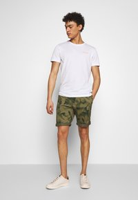 Bogner - ROC - T-shirt z nadrukiem - white - 1