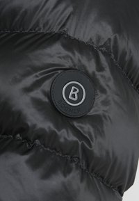 Bogner - ANDY - Bunda zprachového peří - black - 6