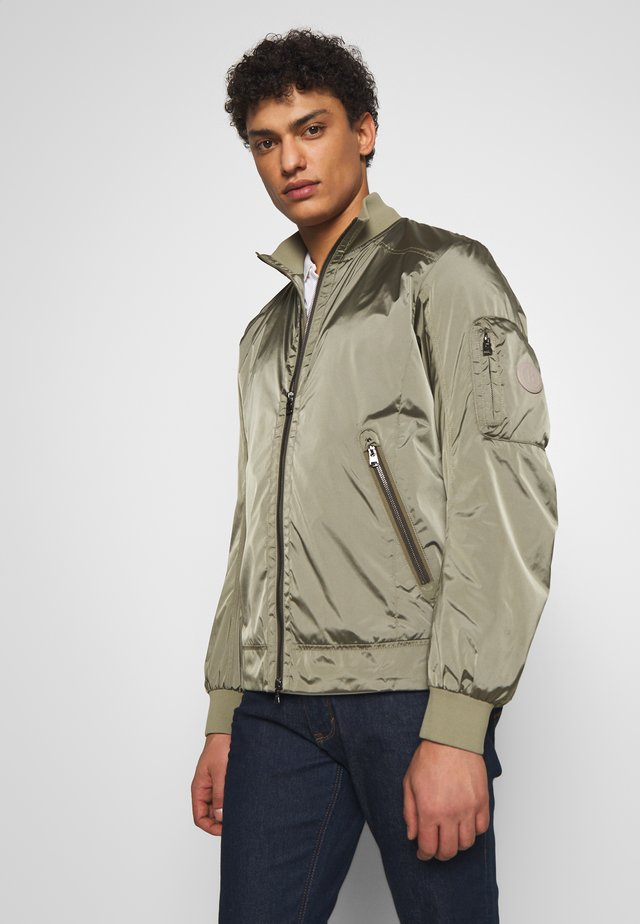 JACOB - Bomber Jacket - olive