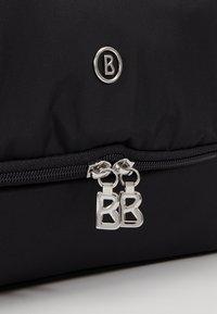 Bogner - VERBIER MAILO WASHBAG - Kosmetická taška - black - 2