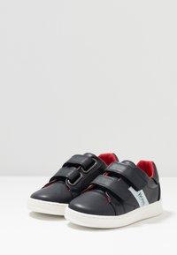 BOSS Kidswear - TURNSCHUHE - Zapatillas - marine - 3