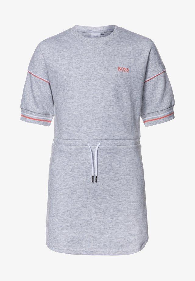 DRESS - Sukienka z dżerseju - chine grey