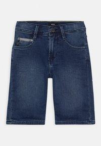 BOSS Kidswear - BERMUDA - Shorts vaqueros - stone - 0