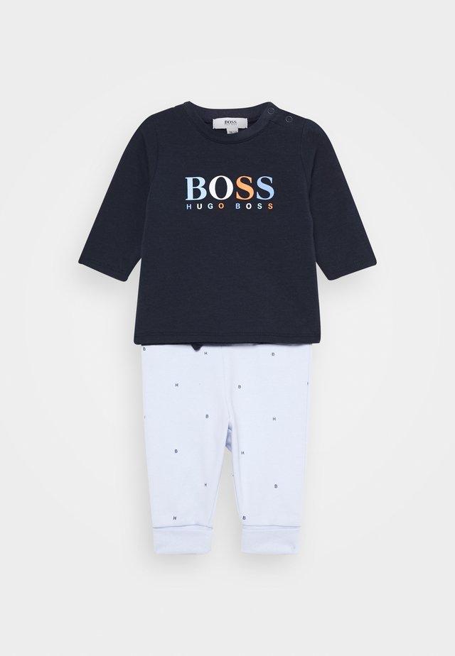 BABY SET - Pantalones deportivos - navypale blue