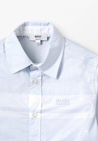 BOSS Kidswear - Shirt - himmelblau - 4