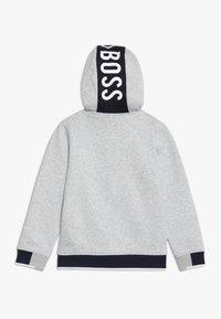 BOSS Kidswear - Felpa aperta - hell graumeliert - 1
