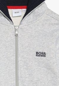 BOSS Kidswear - Felpa aperta - hell graumeliert - 4