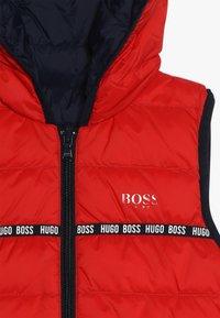BOSS Kidswear - Vesta - rot - 4
