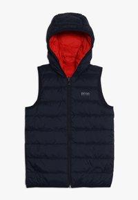 BOSS Kidswear - Vesta - rot - 2