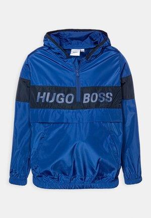 HOODED WINDBREAKER - Regnjakke / vandafvisende jakker - blue