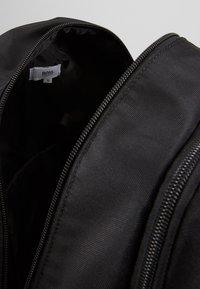 BOSS Kidswear - Mochila - black - 5