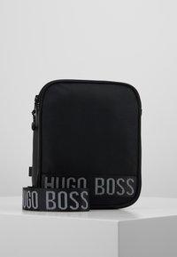 BOSS Kidswear - BAG - Umhängetasche - black - 0