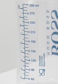 BOSS Kidswear - FLASCHEN 2 PACK - Varios accesorios - marine/weiss - 6