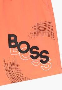 BOSS Kidswear - SWIM - Plavky - orange - 3