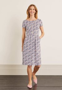 Boden - Jersey dress - weltraumgrau, tropenvogel - 1