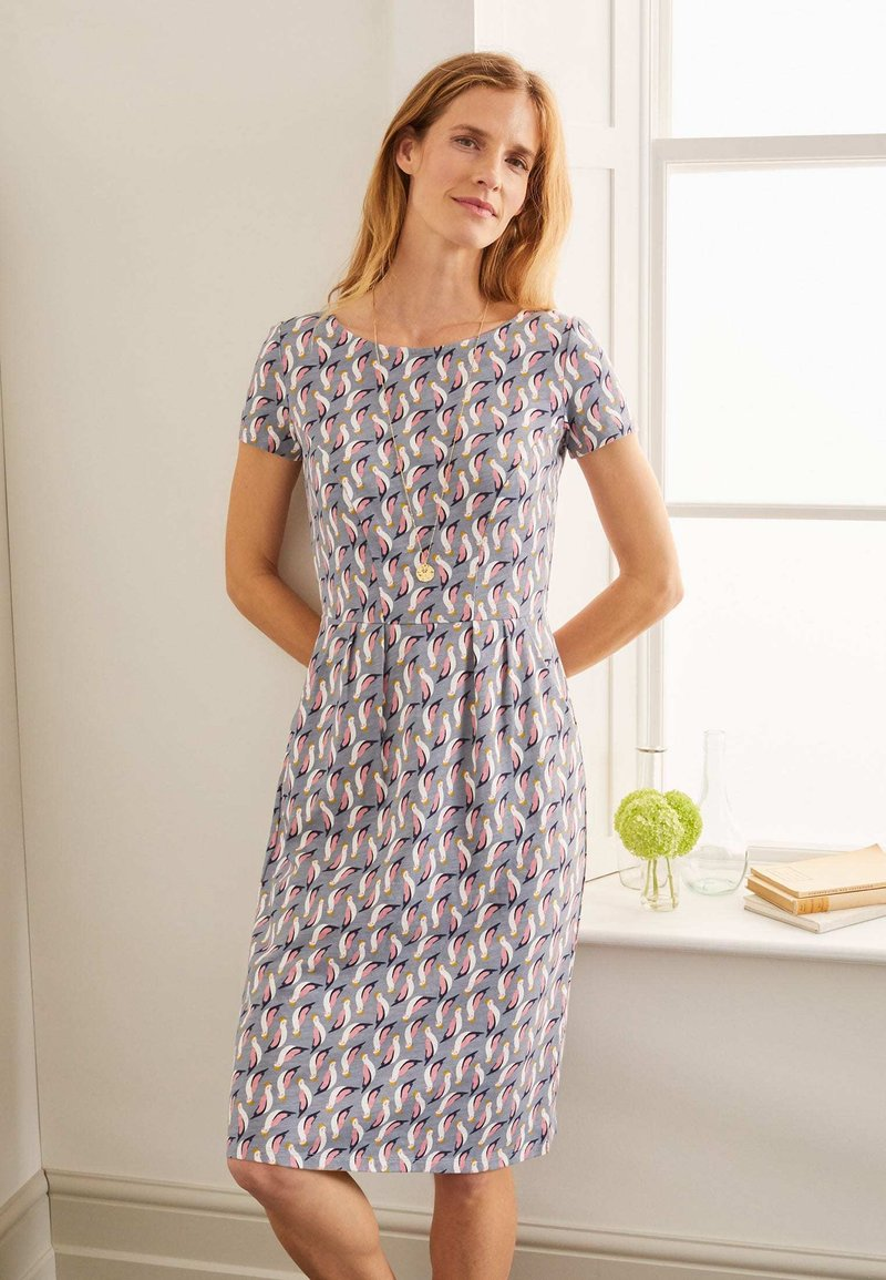Boden - Jersey dress - weltraumgrau, tropenvogel