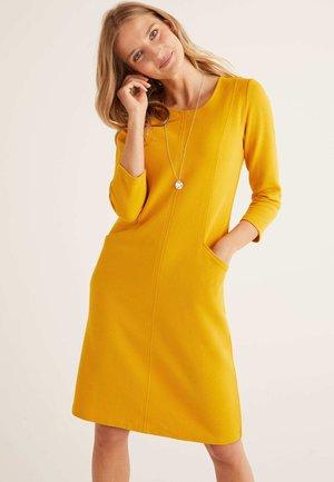 ELLEN OTTOMAN - Shift dress - yellow