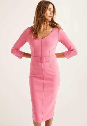 MARGIE - Shift dress - helles pink