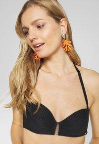 Boux Avenue - MADIERA DECO BALCONETTE - Top de bikini - black - 4