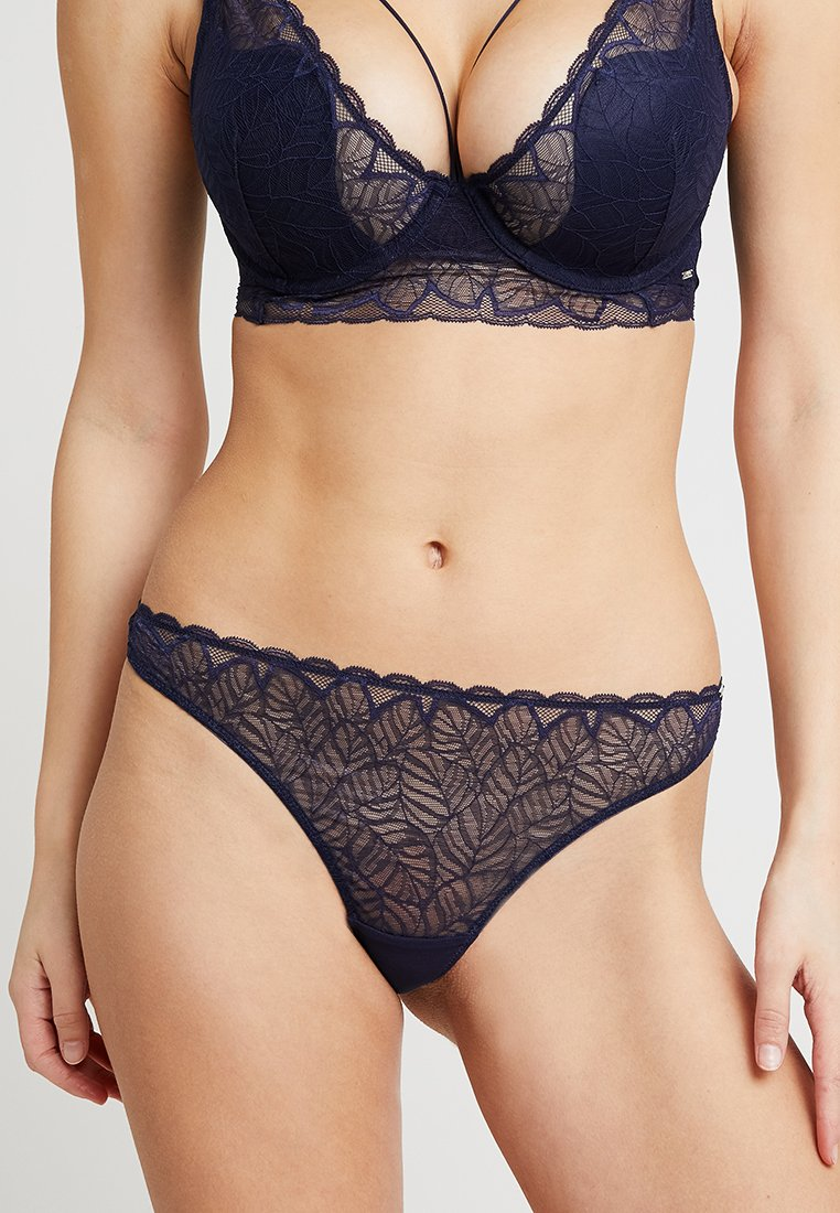Boux Avenue - MARCELLA THONG - String - navy