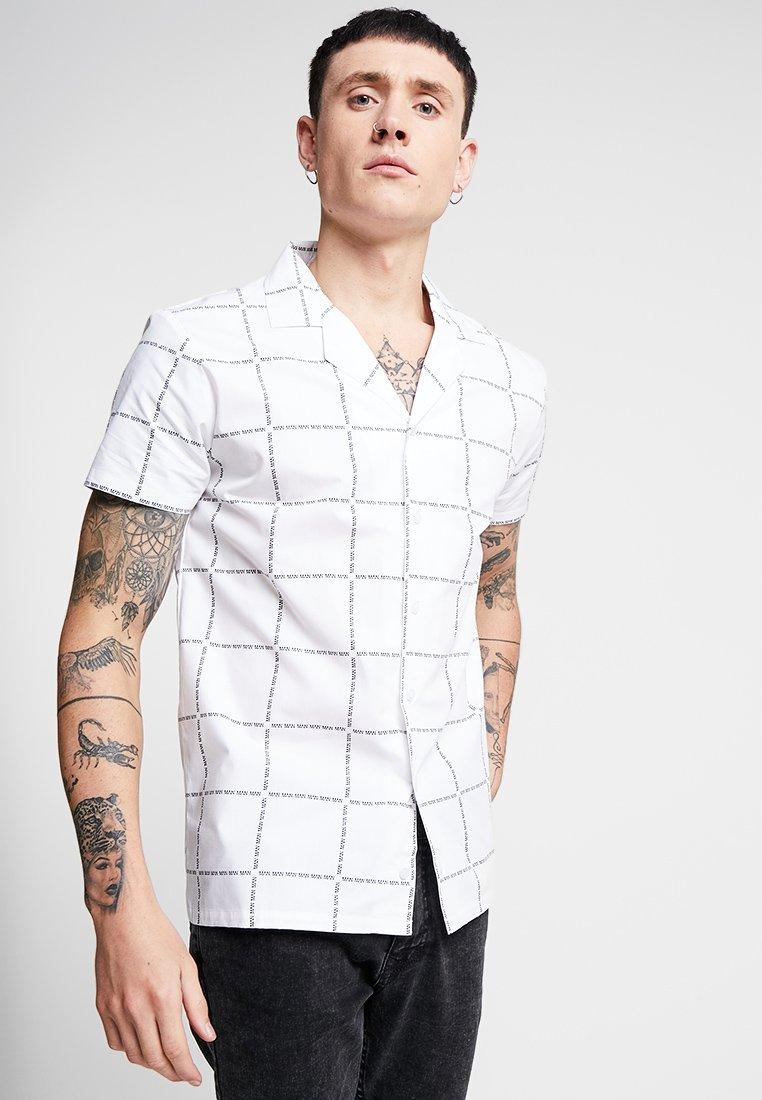 boohoo MAN - REVERE COLLAR SHIRT - Overhemd - white