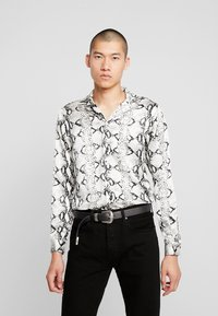 boohoo MAN - LONG SLEEVE SNAKE - Chemise - black - 0