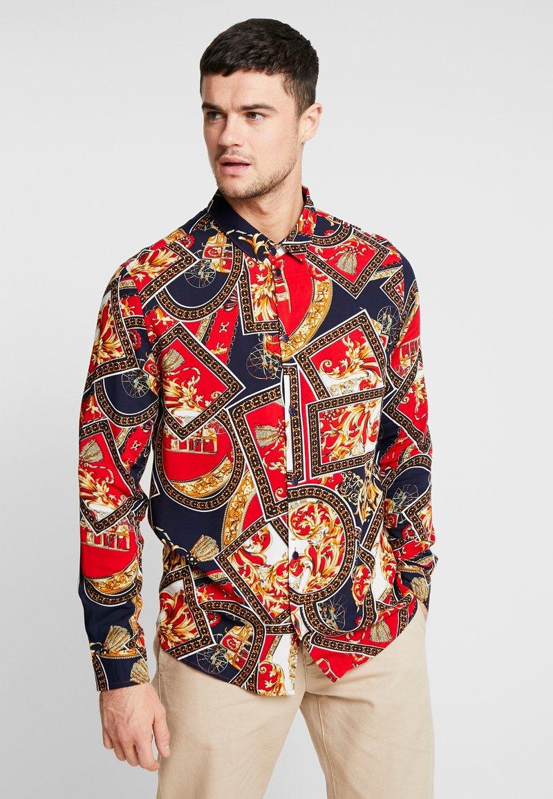 boohoo MAN - BAROQUE CHAIN PRINT LONG SLEEVE SHIRT - Koszula - red