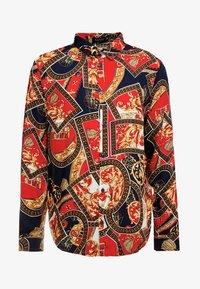 boohoo MAN - BAROQUE CHAIN PRINT LONG SLEEVE SHIRT - Koszula - red - 4