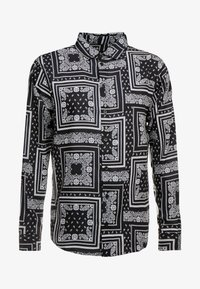 boohoo MAN - BANDANA PRINT LONG SLEEVE SHIRT - Hemd - black - 4