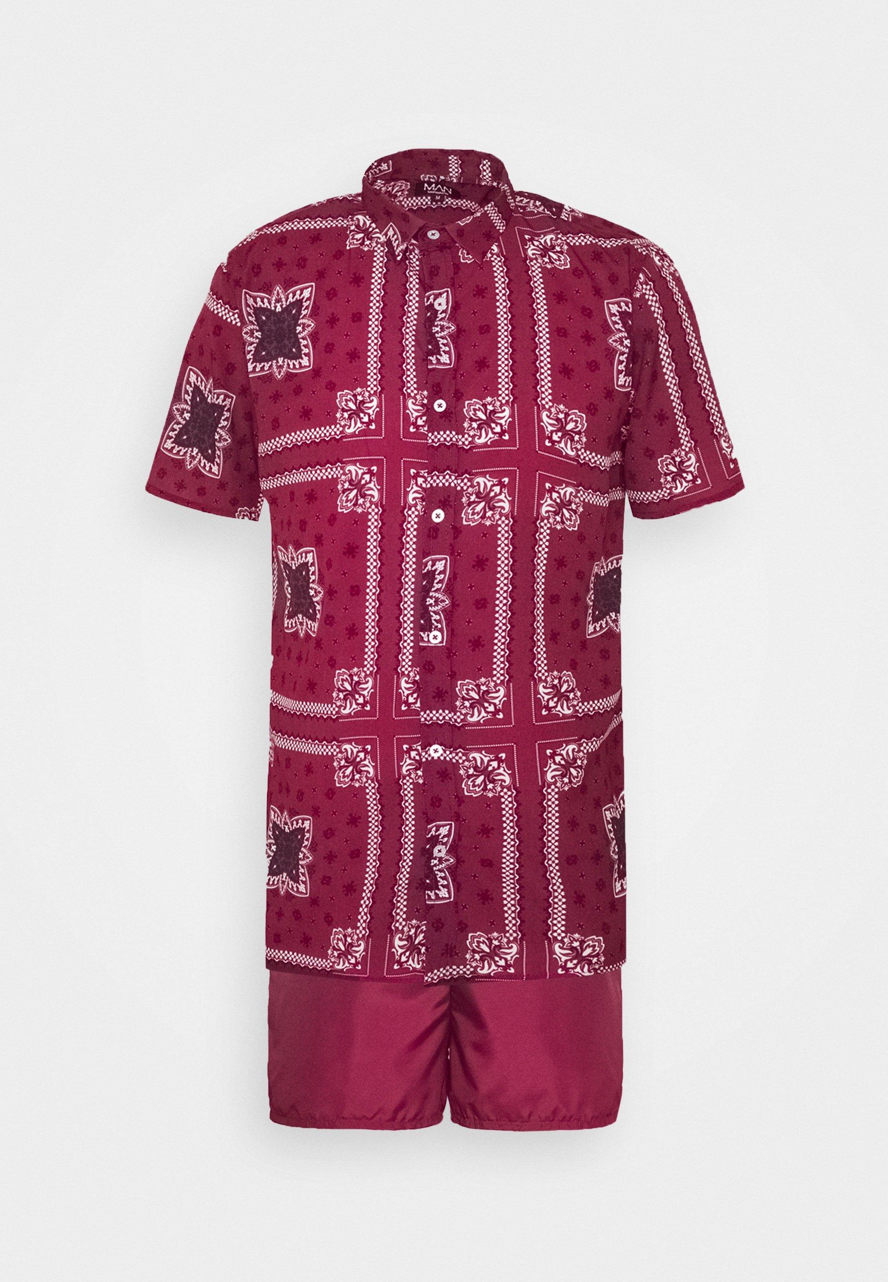 boohoo MAN SHORT SLEEVE SHIRT SET IN PAISLEY PRINT - Szorty kąpielowe - burgundy