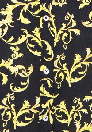 SHORT SLEEVE SHIRT & SWIM SHORT SET IN BAROQUE - Shirt - black