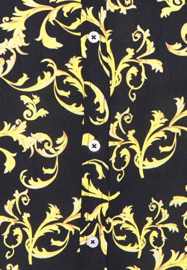 SHORT SLEEVE SHIRT & SWIM SHORT SET IN BAROQUE - Camicia - black
