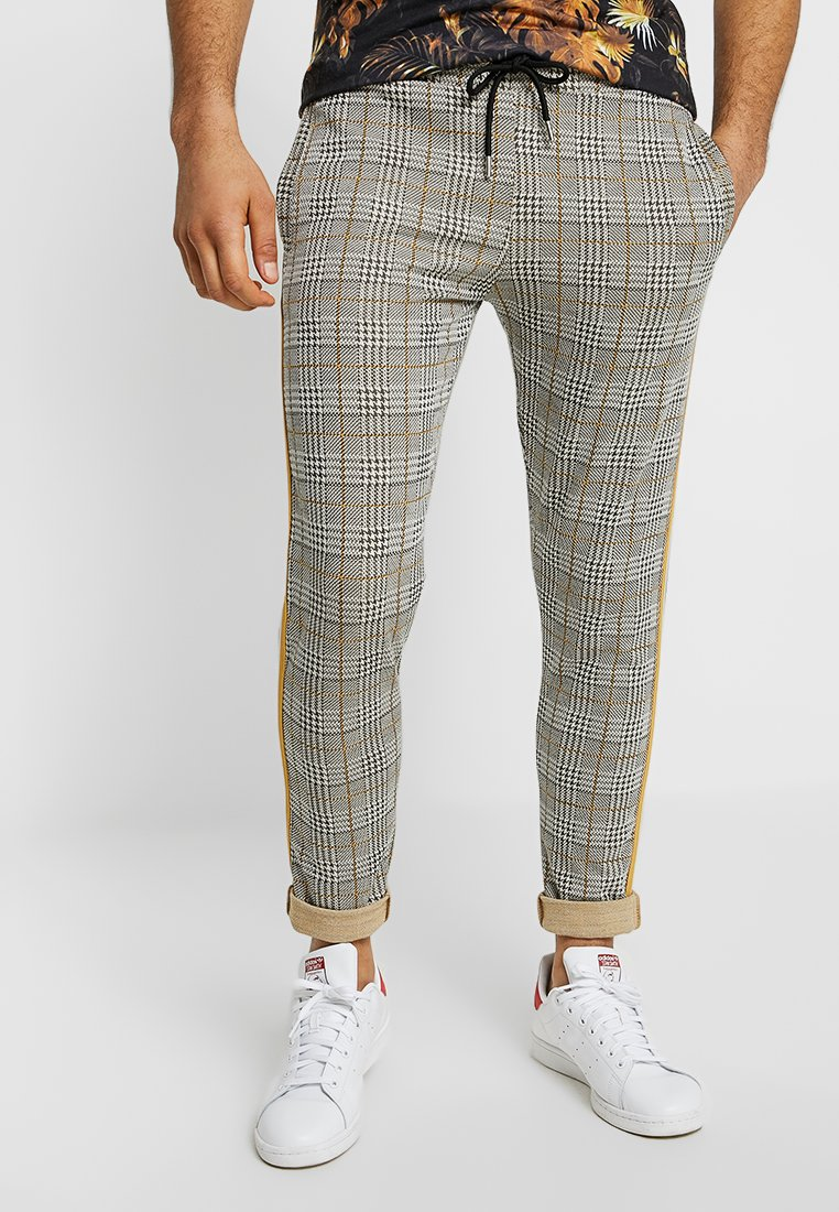 boohoo MAN - CHECKED SMART WITH TAPE DETAIL - Pantalon classique - grey