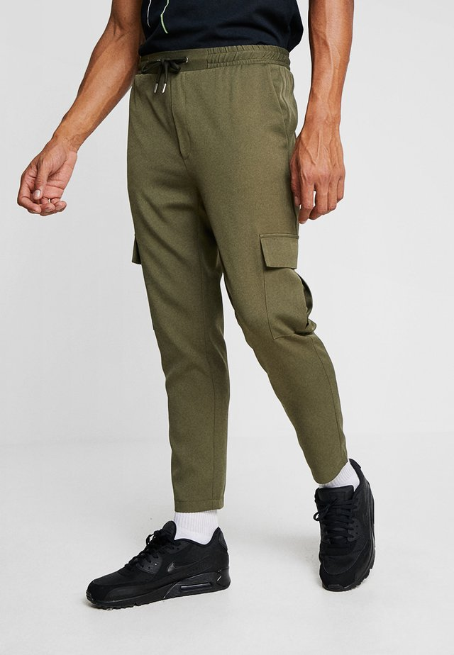 POCKET FORMAL - Stoffhose - khaki