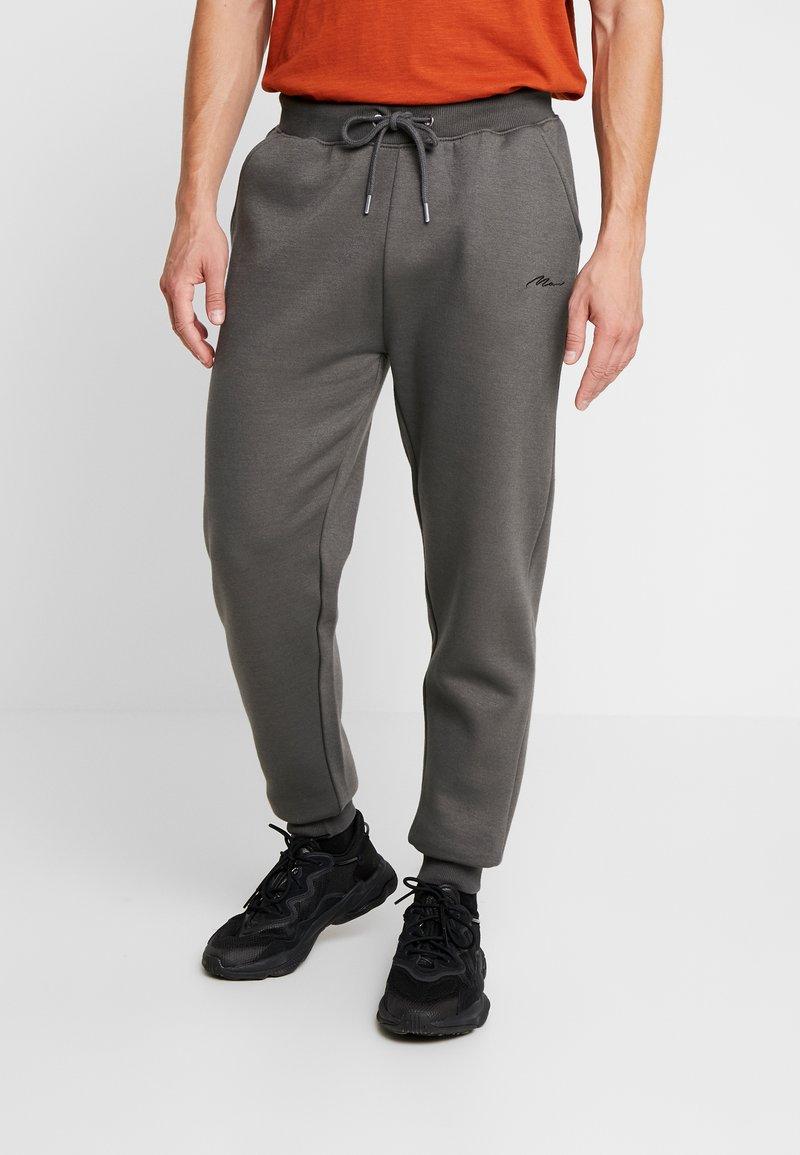 boohoo MAN - Teplákové kalhoty - grey