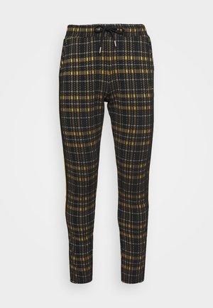 TAPE DETAIL SMART JOGGER - Pantaloni - black