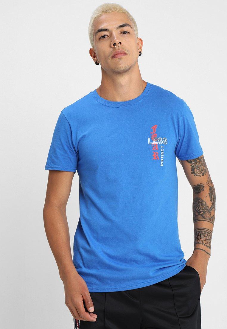 boohoo MAN - INSTINCT TEE WITH TIGER PRINT - Print T-shirt - blue