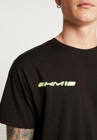 boohoo MAN - MAN LOOSE FIT TEE  - T-shirt print - black - 3