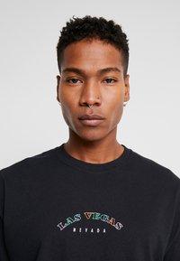 boohoo MAN - LAS VEGAS OVERSIZED - T-shirt con stampa - black - 3