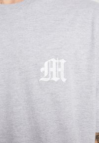 boohoo MAN - AESTHETICS OVERSIZED DROP SHOULDER - T-shirt basic - grey - 4