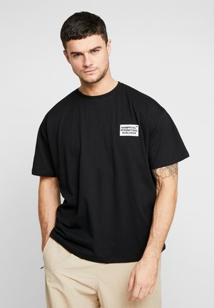 MAN WORLDWIDE BOXY FIT  - T-shirt imprimé - black