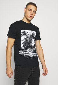 boohoo MAN - MIAMI BEACH MONO - T-shirt con stampa - black - 0