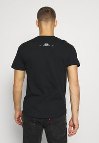boohoo MAN - MIAMI BEACH MONO - T-shirt con stampa - black - 2
